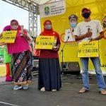 Para Pemenang Lomba pada Gebyar Festival Boneka Maskot Kota Bekasi 2020