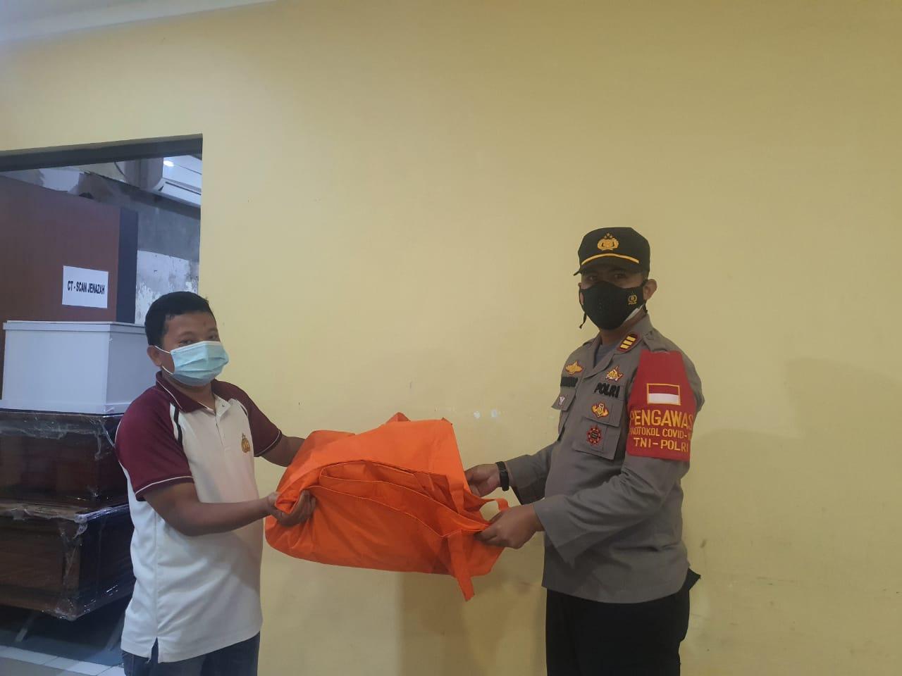 Potongan Kaki Di Duga Korban Pesawat Sriwijaya Di Temukan Nelayan Muara Gembong