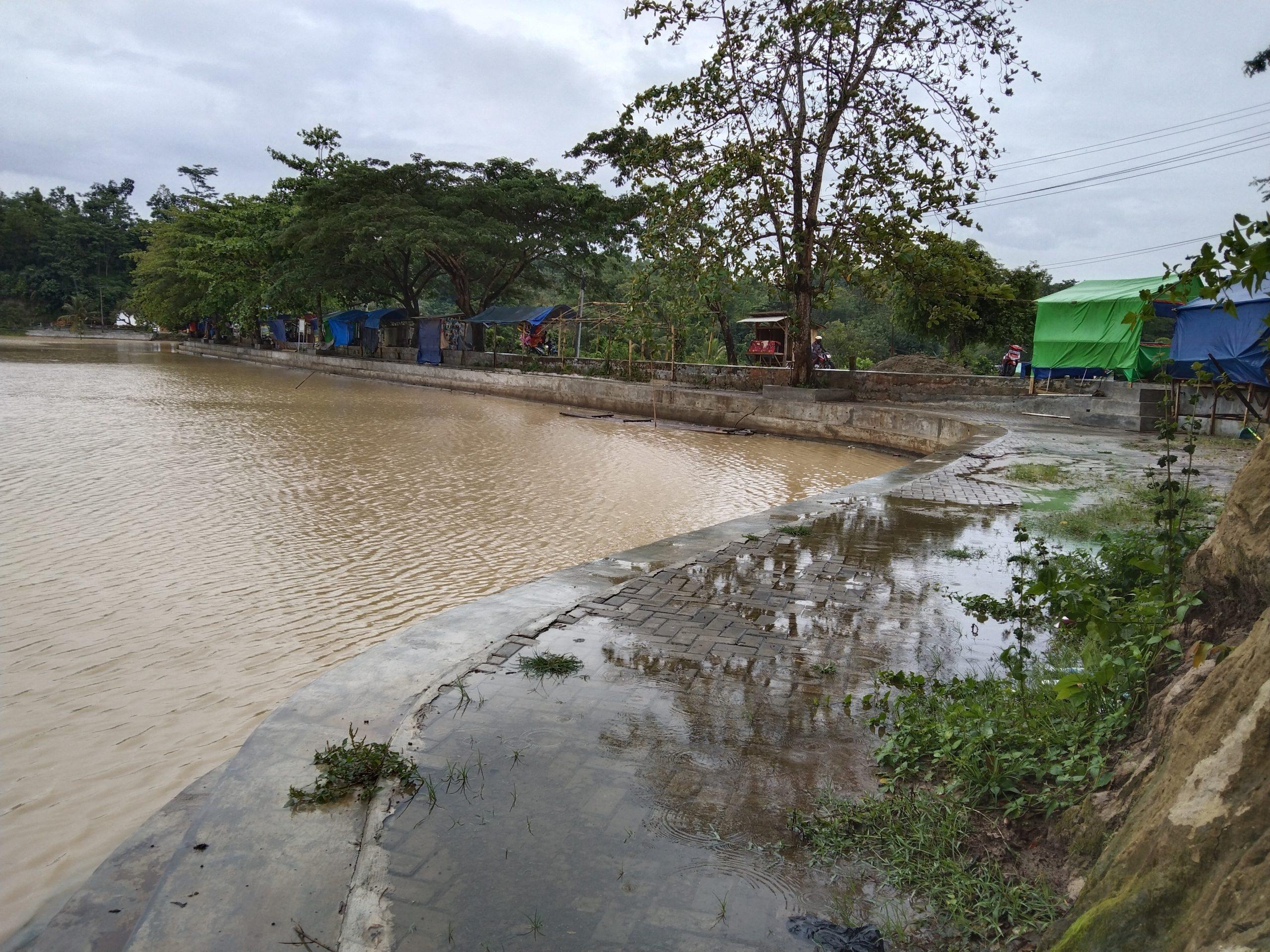 Lima Tambang Pasir di Cimarga Terancam Ditutup