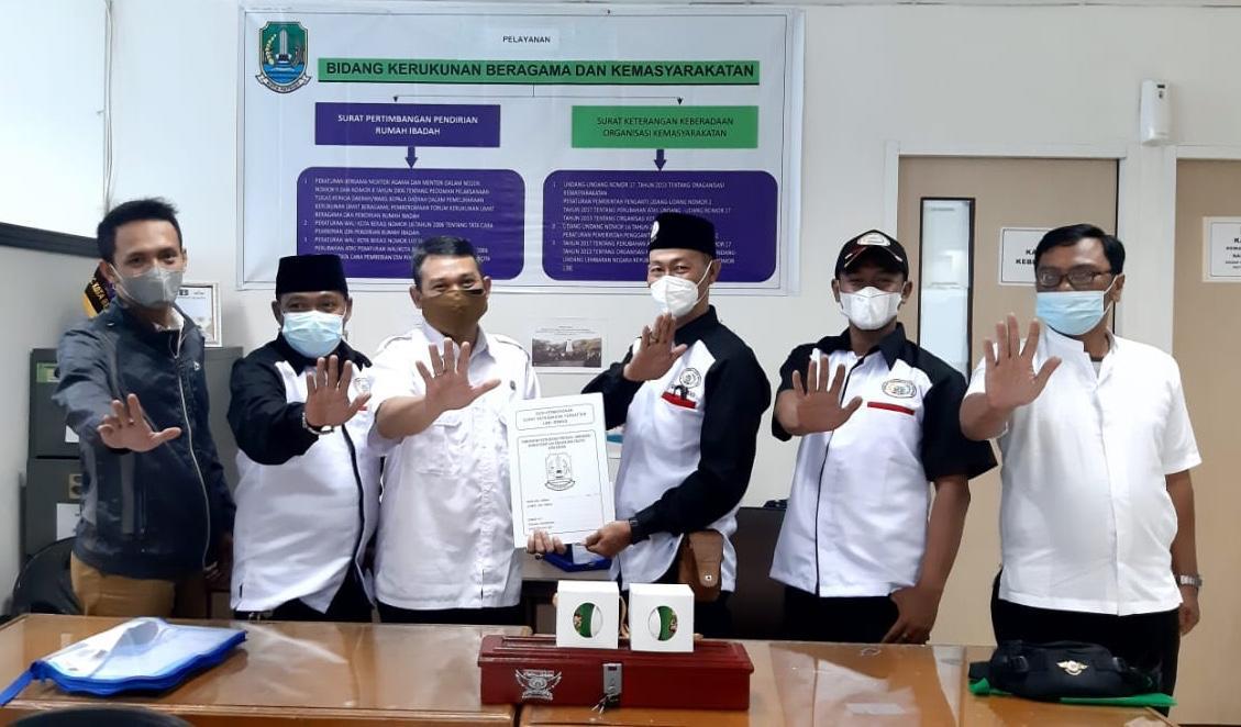 Tertib Administrasi, DPD Forkabi Serahkan Berkas ke Kesbangpol Kota Bekasi
